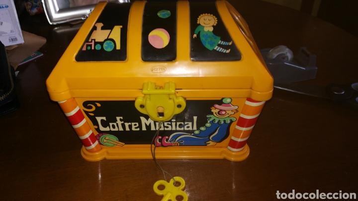 COFRE MUSICAL GEYPER. AÑOS 70 (Juguetes - Marcas Clasicas - Otras Marcas)