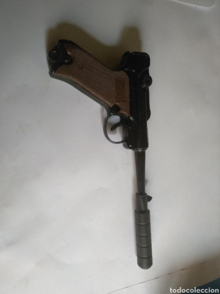 Juguetes antiguos: Pistola juguete Luger Cal 765 especial con silenciador ,marca AVC hecho en Ibi España - Foto 6 - 148773621