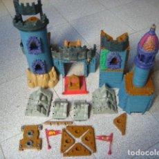Juguetes antiguos: CASTILLO DE FISHER PRICE,,,MUY COMPLETITO... Lote 151166618