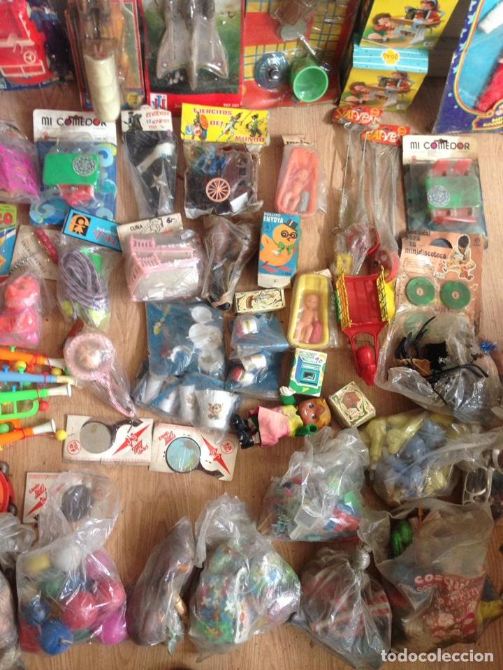 Juguetes antiguos: Importante lote resto de tienda de juguetes en madrid - Foto 28 - 159440833