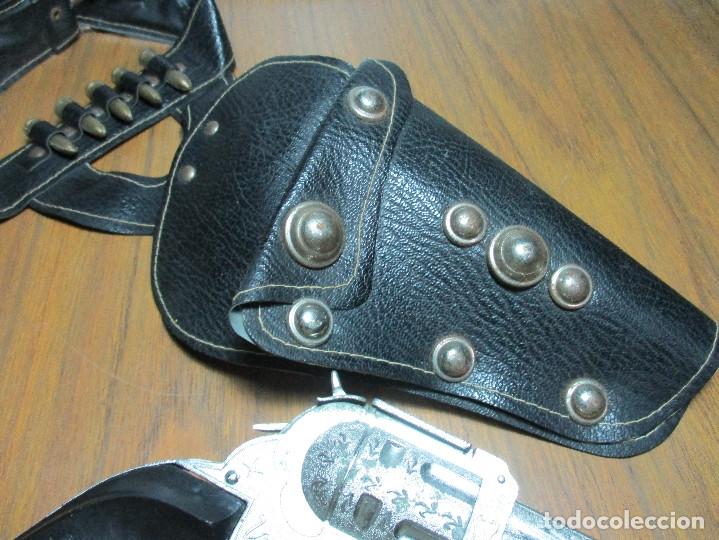 Juguetes antiguos: juguete del oeste holster o funda con pistola y cinturón años 60-70, JOAL - Foto 7 - 163493505