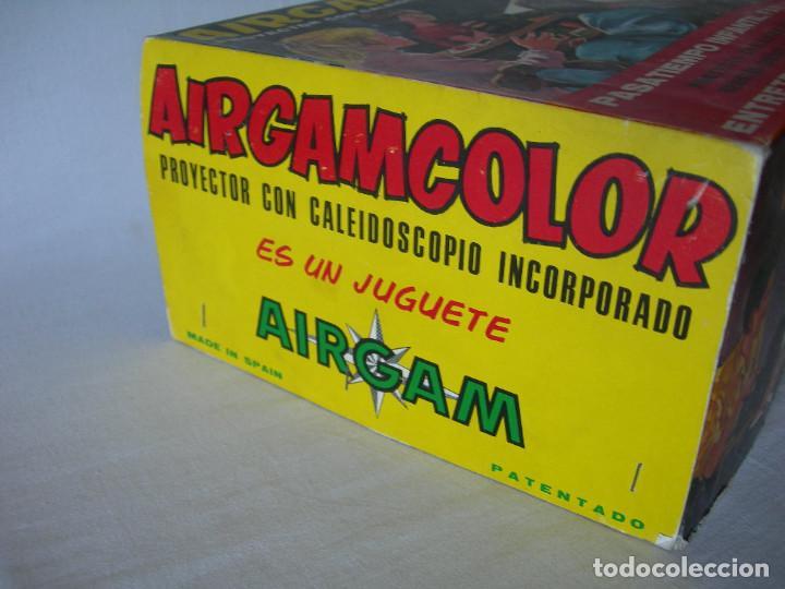 Juguetes antiguos: PROYECTOR CON CALEIDOSCOPIO AIRGAMCOLOR EN SU CAJA ORIGINAL Y EN GRAN ESTADO - AIRGAM AÑOS 60 / 70 - - Foto 13 - 163980778
