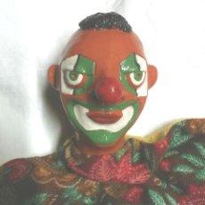 Juguetes antiguos: PAYASO CLOWN GUIÑOL TITERE MARIONETA TERRACOTA. MED 26 CM. Lote 164882062