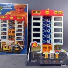 Juguetes antiguos: PARKING GARAGE BLUE BOX AÑOS 70 REF 77400 MADE IN HONG KONG. Lote 165359174