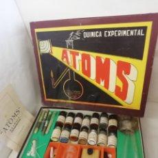 Juguetes antiguos: ATOMS. QUIMICA EXPERIMENTAL. AÑOS 50/60. Lote 167426704