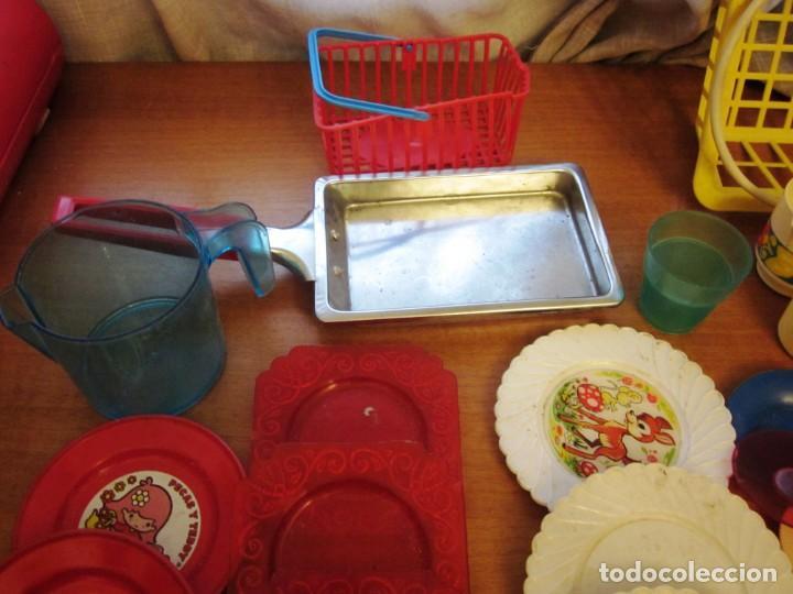 Juguetes antiguos: Antiguos accesorios de cocina, vajilla, cestas, platos... Pse y otras marcas - Foto 9 - 171104174