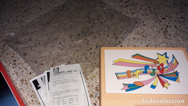 Juguetes antiguos: TOCADISCOS INFANTIL CON LOTE DE DISCO DE CUENTOS, JUGUETE ANTIUO, DISCOS CUENTOS - Foto 3 - 171360338