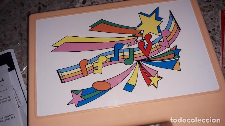 Juguetes antiguos: TOCADISCOS INFANTIL CON LOTE DE DISCO DE CUENTOS, JUGUETE ANTIUO, DISCOS CUENTOS - Foto 7 - 171360338