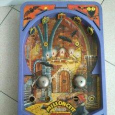 Juguetes antiguos: ANTIGUO MILLONCETE SUPER MONSTUOS DE AIRGAM REF 925 M. Lote 171988912