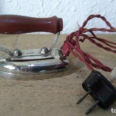 Juguetes antiguos: ANTIGUA PLANCHA DE JUGUETE, ELECTRICA. Lote 175618259