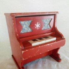 Juguetes antiguos: PIANO DE MADERA CUATRO TECLAS. . Lote 185979557