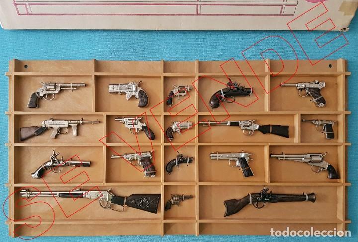 Juguetes antiguos: Colección completa de pistolas detonadoras Redondo en expositor y caja original - Foto 2 - 186204241
