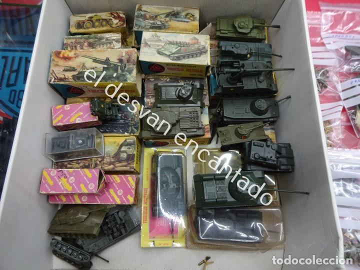 Juguetes antiguos: EKO. Gran lote de vehículos militares (muchos en caja original) y soldados de diversos países - Foto 12 - 188463581