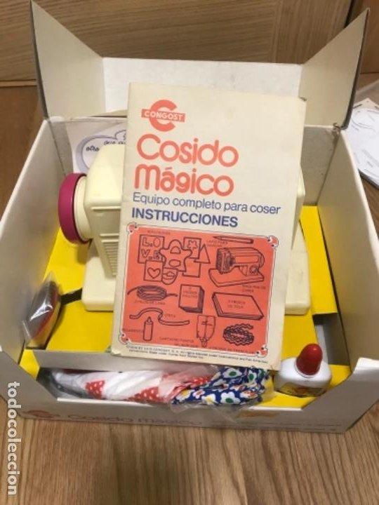 Juguetes antiguos: Antigua MAQUINA DE COSER COSIDO MÁGICO de CONGOST años 70. Made in Spain. RESTO DE ALMACEN - Foto 9 - 193399536
