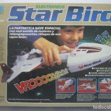 Juguetes antiguos: ANTIGUA NAVE ESPACIAL STAR BIRD DE MB 1979 EN SU CAJA ORIGINAL. Lote 193995337