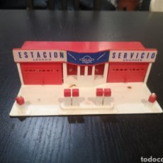 Juguetes antiguos: ESTACION DE SERVICIO ECA AÑOS 60/70 EN PLASTICO. Lote 194256757