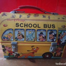 Juguetes antiguos: CABÁS METÁLICO SCHOOL BUS WALT DISNEY. PAYVA.. Lote 194373276