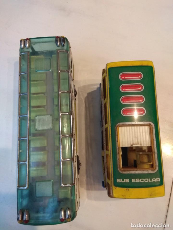 Juguetes antiguos: Lote dos autobuses chapa - Foto 2 - 194508353