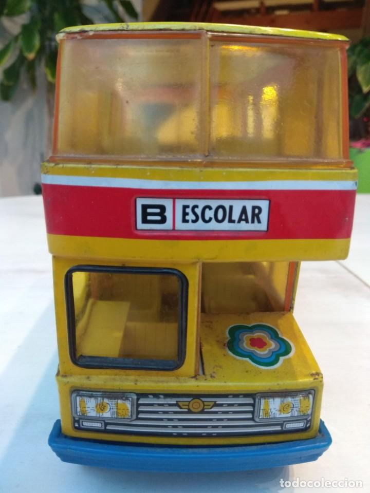 Juguetes antiguos: Lote dos autobuses chapa - Foto 4 - 194508353
