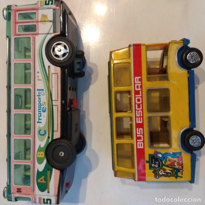 Juguetes antiguos: Lote dos autobuses chapa - Foto 5 - 194508353