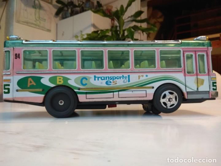 Juguetes antiguos: Lote dos autobuses chapa - Foto 11 - 194508353