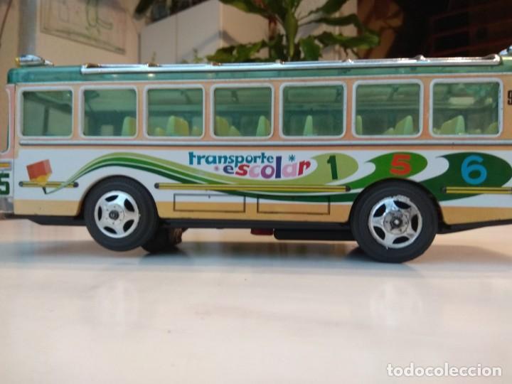 Juguetes antiguos: Lote dos autobuses chapa - Foto 12 - 194508353