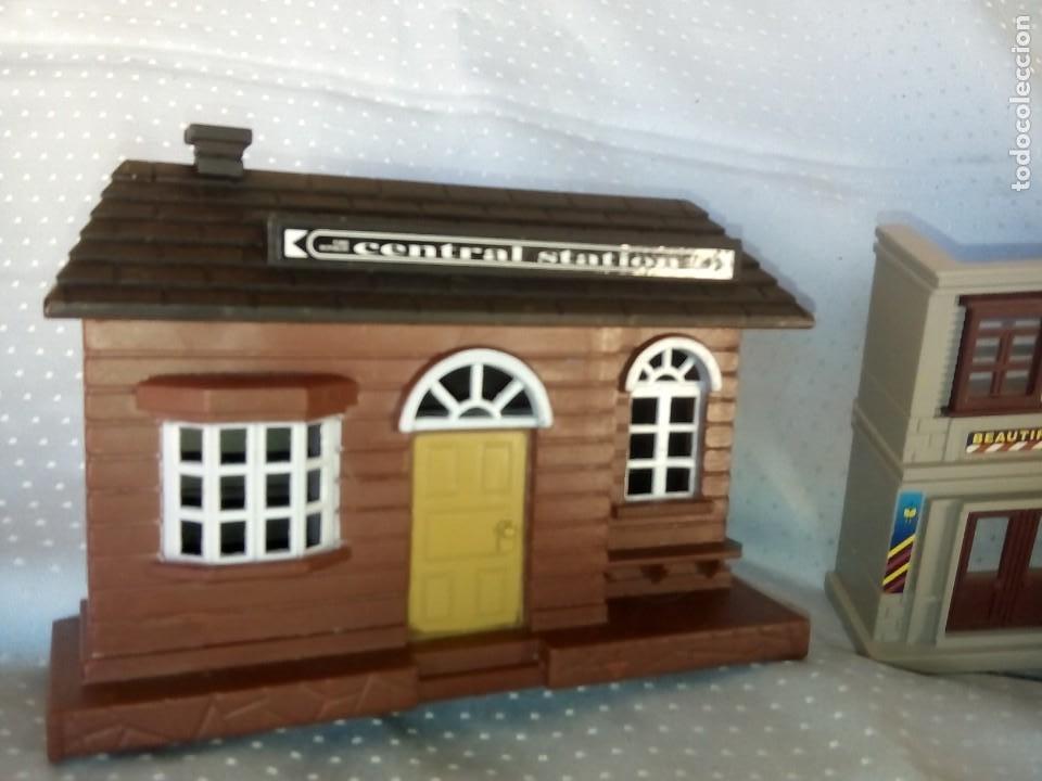 Juguetes antiguos: Casas estación de tren y gasolinera dioramas para tren o pueblo - Foto 4 - 195153958