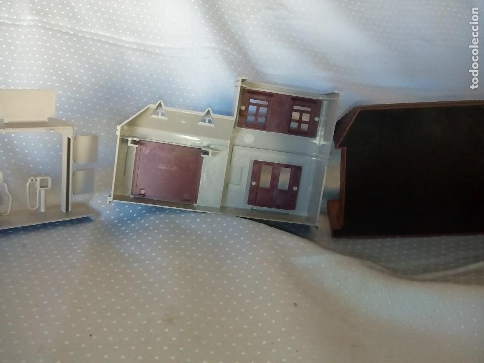 Juguetes antiguos: Casas estación de tren y gasolinera dioramas para tren o pueblo - Foto 5 - 195153958