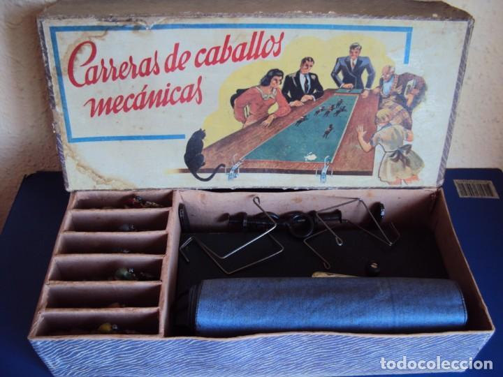(JU-200290)CARRERAS DE CABALLO MECANICAS - CREACIONES HISPANIA - MADRID (Juguetes - Marcas Clasicas - Otras Marcas)