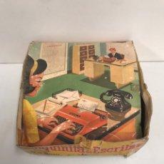 Juguetes antiguos: MAQUINA ESCRIBIR AIRGAM PLUMITA 14. Lote 195321511