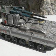 Juguetes antiguos: ANTIGUO TANQUE AMERICANO GIANT ARMY M-75 - FABRICADO EN JAPON - COMO SE VE EN LAS FOTOGRAFIAS - CON . Lote 198558030