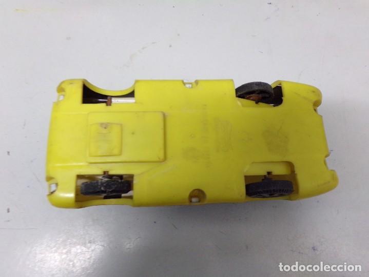 Juguetes antiguos: antiguo coche de chapa y plastico wynn´s ferodo shell ferrari good year numero 102 20 cm - Foto 6 - 203456661