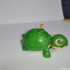 Brinquedos antigos: -PEQUEÑA TORTUGAS CON MECANISMO DE CUERDA- TOMY 1977 -MAFE IN TAIWÁN. Lote 204164428