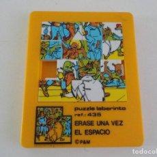 Juguetes antiguos: MINI LABERINTO ERASE UNA VEZ EN EL ESPACIO. Lote 208423980