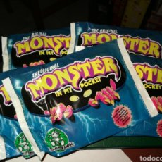 Juguetes antiguos: 5 SOBRES MONSTER IN MY POCKET. Lote 217153508