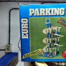 Brinquedos antigos: DIFICIL PARKING EURO ELECTRICO RIMA PARA MINIATURAS TIPO PILEN JOAL DINKY GUISVAL MAJORETTE ETC,. Lote 220791241