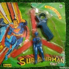 Brinquedos antigos: ANTIGUO BLISTER SUPERAIRMAN VOLADOR AÑOS 70 JUGUETES JUYPAL IBI MADE IN SPAIN. Lote 223212736