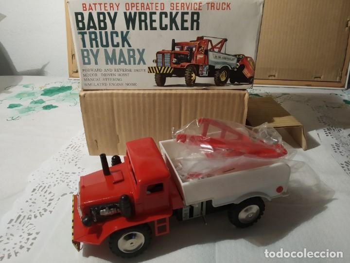 BABY WRECKER TRUCK/ AÑOS 60' MARX TRUCK BATTERY OPERATED (Juguetes - Marcas Clasicas - Otras Marcas)