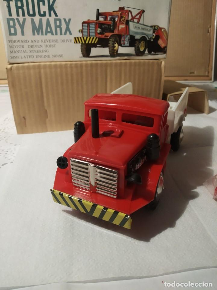 Juguetes antiguos: Baby wrecker truck/ años 60 Marx Truck battery operated - Foto 8 - 227918710