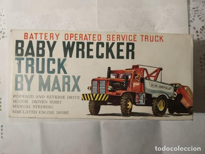 Juguetes antiguos: Baby wrecker truck/ años 60 Marx Truck battery operated - Foto 9 - 227918710