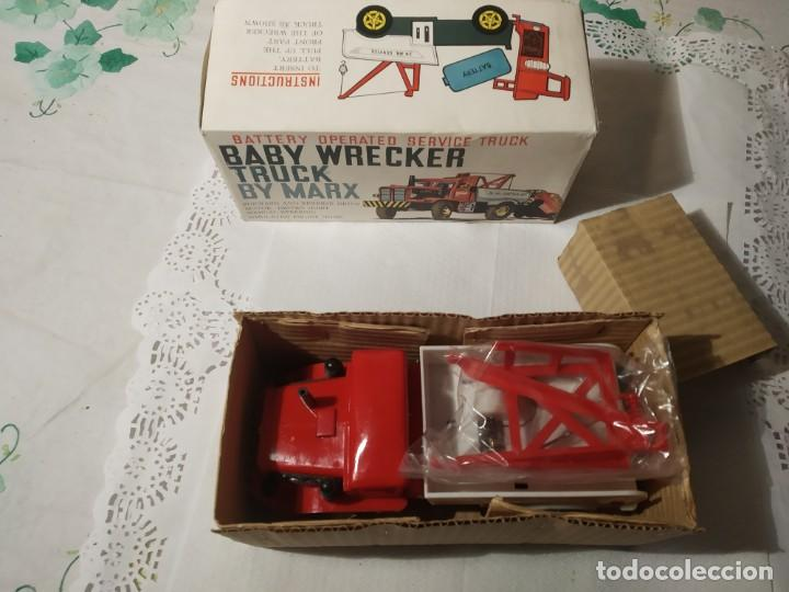 Juguetes antiguos: Baby wrecker truck/ años 60 Marx Truck battery operated - Foto 15 - 227918710