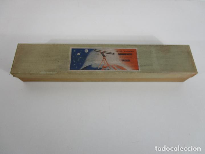 Juguetes antiguos: Caja Anteojo Astronómico - con Trípode en Madera - Foto 2 - 228003650