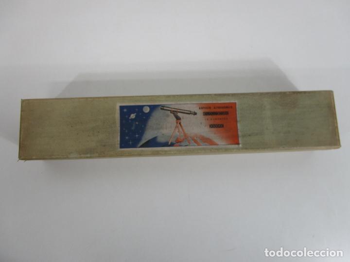 Juguetes antiguos: Caja Anteojo Astronómico - con Trípode en Madera - Foto 18 - 228003650