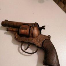 Brinquedos antigos: JUGUETE PISTOLA REVOLVER DE FULMINANTES MARCA GONZÁLEZ. Lote 229815175
