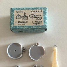 Juguetes antiguos: ANGUPLAS MINI SHIPS C.M.S. 4/5 - 2 TERMINALES FARO Y 2 ANGULOS ROMPEOLAS EN SU CAJA MINISHIPS. Lote 295499458