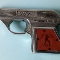 Brinquedos antigos: PISTOLA DE JAMES BOND AGENTE 007. THUNDERBALL. DE COIBEL.. Lote 241827765