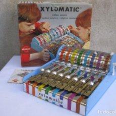 Juguetes antiguos: XYLOMATIC - XILÓFONO MECÁNICO - CONGOST - EN SU CAJA ORIGINAL - AÑO 1970.. Lote 243836045