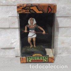 Juguetes antiguos: FIGURAS HISTORICAS GUERRERO EGIPCIO CON LANZA EN POSICION DE ATAQUE DE JUGUETES PUCHOL. Lote 244946980