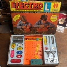 Giocattoli antichi: AIRGAM ELECTRO N1 CON SU CATÁLOGO AÑOS 70 (TAL Y COMO SE VE EN LAS FOTOS). Lote 245350075