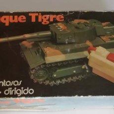 Juguetes antiguos: TANQUE TIGRE, DE CLIM, REF 801, EN CAJA.. CC. Lote 245535950